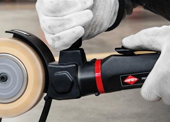 Ergonomiczne narzędzia pneumatyczne Airpress z uchwytami antypoślizgowymi